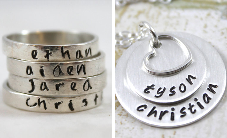 personalized-necklace-for-mom
