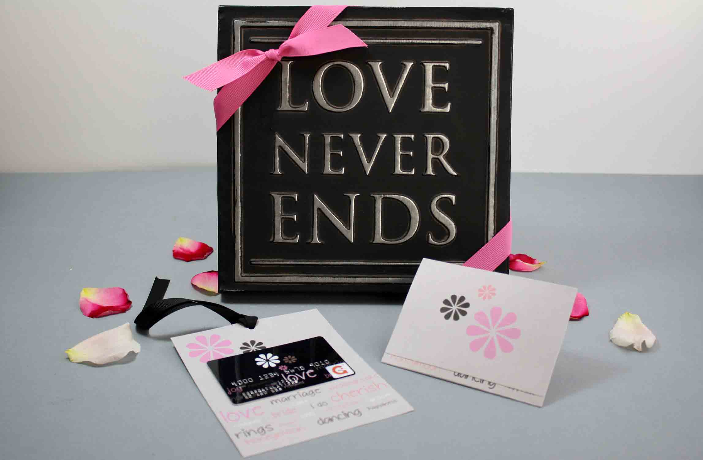 love never ends quote with gift card