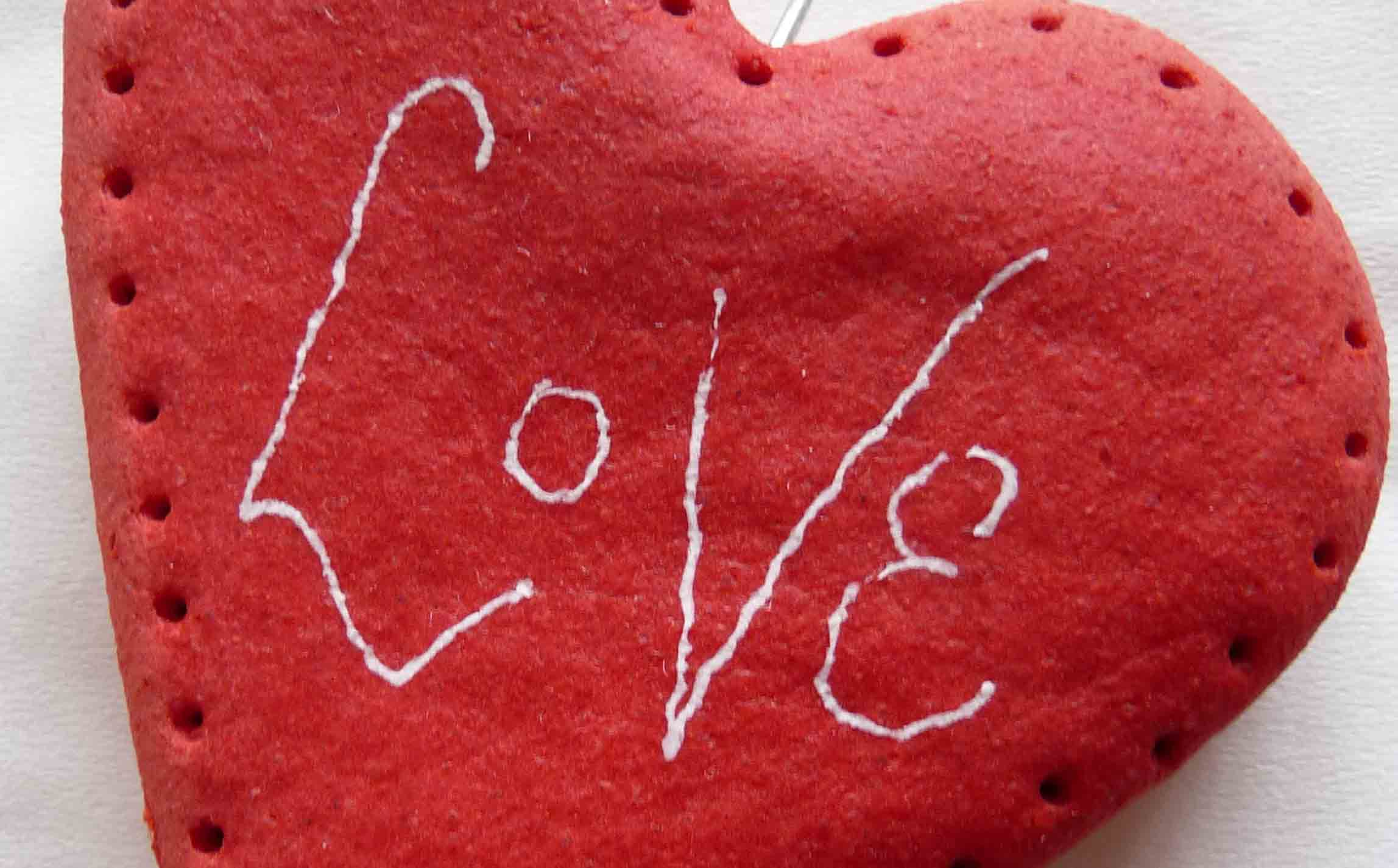 8 out of the box valentine s day gift cards you can make yourself valentine sugar cookie