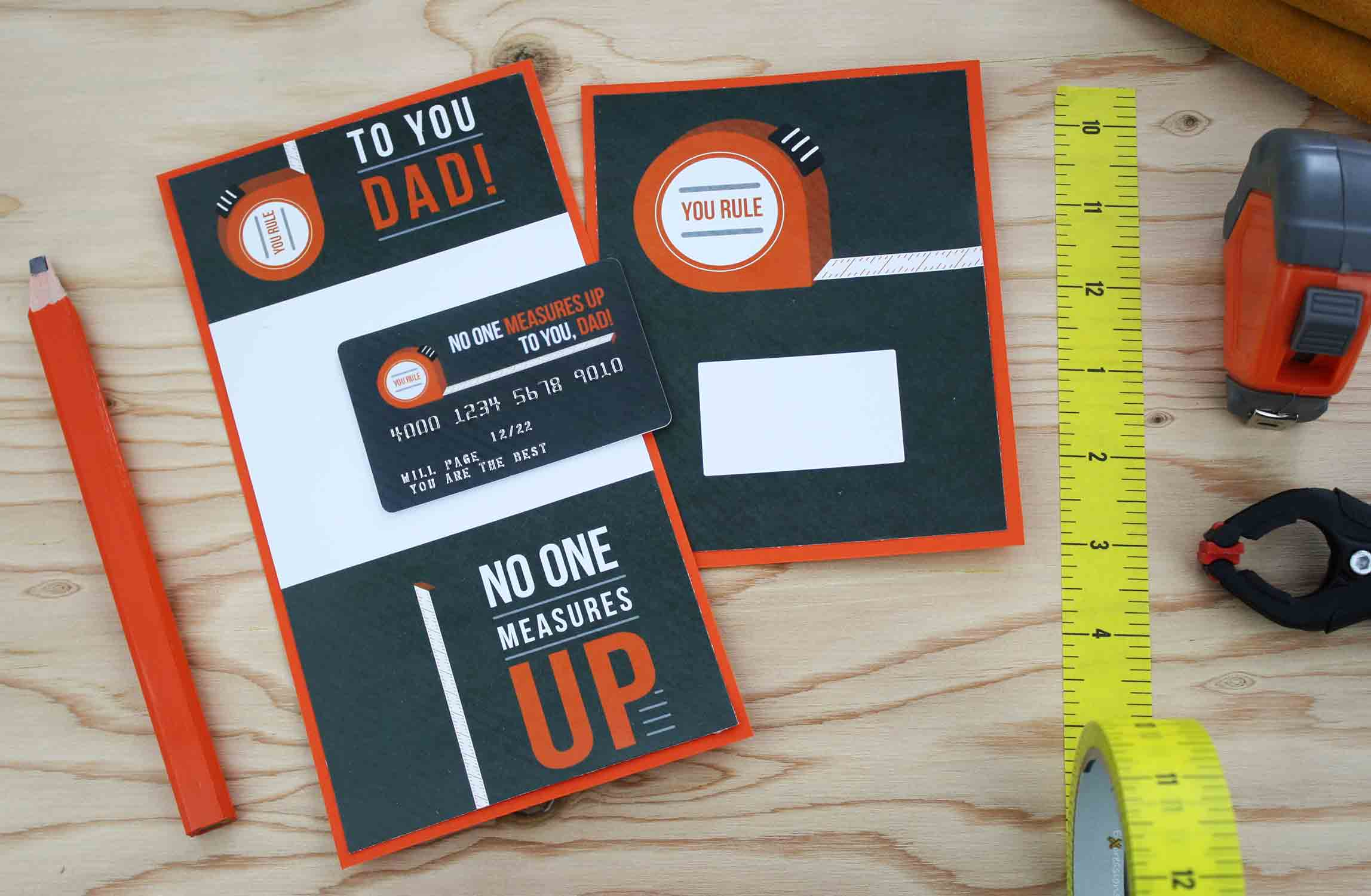 dad measures up gift card holder