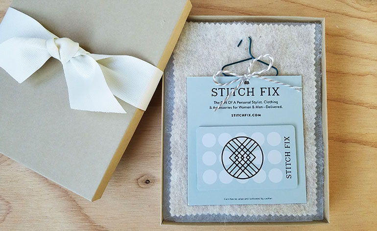stitch fix gift card in cute box with hanger