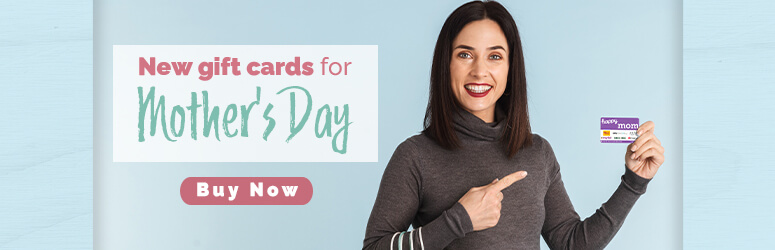 woman holding mothers day gift card