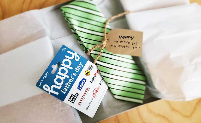 happy fathers day gift card with tie