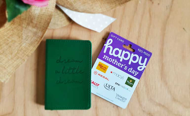 happy mothers day gift card with journals